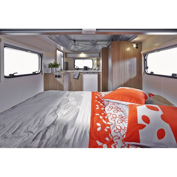 trigano lit tout fait paprika en camping car lit central. Black Bedroom Furniture Sets. Home Design Ideas
