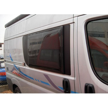 POLYPLASTIC Vitrage remplacement baie latéral DUCATO